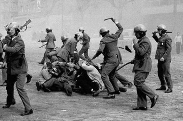 La represión
