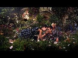 The Secret Life of Flowers- Luhrmann: H&M