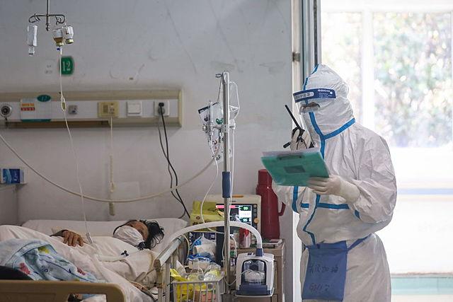 Wuhan closes one Covid-19 hospital