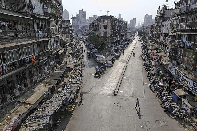 SARS-CoV-2 pandemic lockdown in India begins