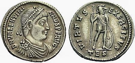 Flavio Valentiniano nacimiento