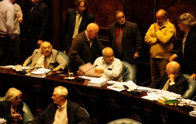 El Senado votó la anulación de la caducidad