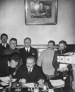 El pacto Mólotov-Ribbentrop