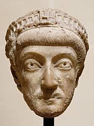 Nacimiento de Teodosio II