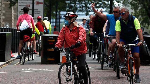 Boris Johnson unveils plan for reopening U.K. after coronavirus lockdown