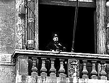 Itàlia declara la guerra a França.