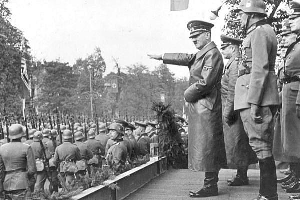 Primer Polonia, després Europa