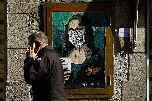 Brazil's São Paulo governor makes masks mandatory as COVID-19 spreads