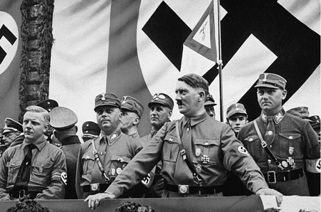 Característiques particulars dels règim totalitari (III)