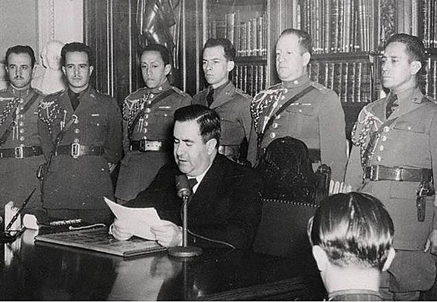 México declara la guerra a los países del Eje.