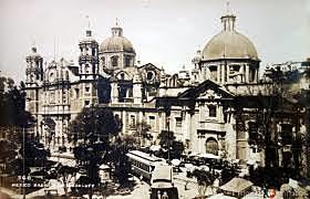 Se inauguran las obras de la Plaza Monumental de la Basílica de Guadalupe.