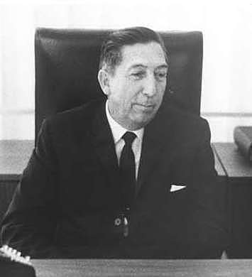 Muere Miguel Alemán Valdés en México, D. F.