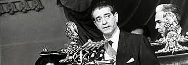 Adolfo López Mateos rindió protesta ante la asamblea del PRI.