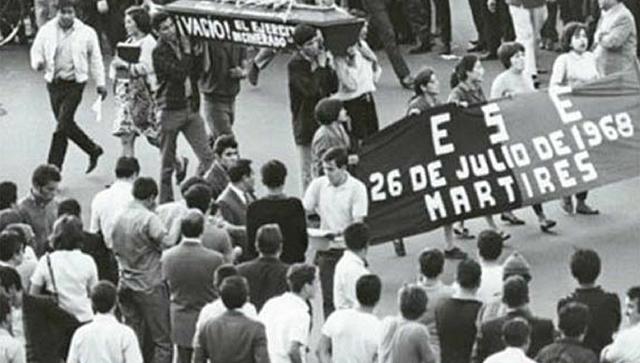 Manifestaciones por la CNDE y otra por la FNET