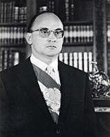 Luis Echeverría Álvarez.