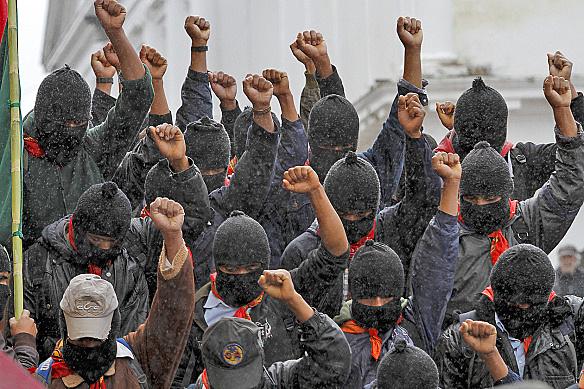 """Inicia la Marcha por la Dignidad Indígena, conocida como """"Zapatour""""."""