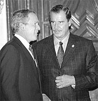 Fox y Bush en la Conferencia Internacional sobre la Financiación para el Desarrollo, en Monterrey.