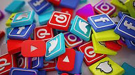 Evolución cronológica de las redes sociales digitales. timeline