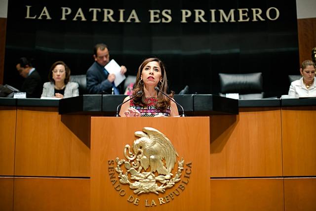 Aprobación de la Reforma Educativa por ambas Cámaras.