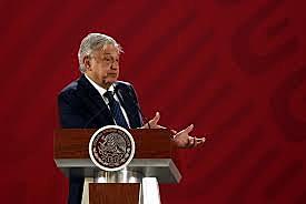 En Guerrero,López Obrador presumió que el país ya tenía una nueva Constitución,