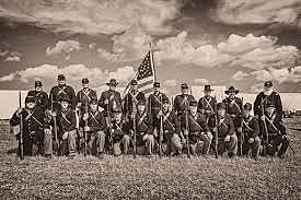 The Union armies moved in to end the war