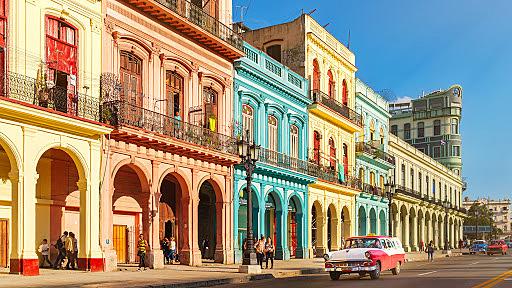 Viajo a Cuba