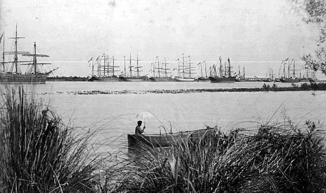 Puerto de Colastine Sur.