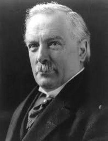 David Lloyd George becomes Prime Minister of Br