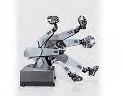 Primer robot de 6 ejes