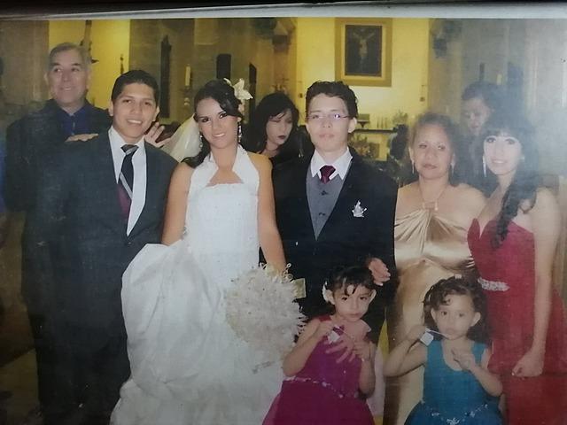 Se casó Emmanuel con mi cuñada