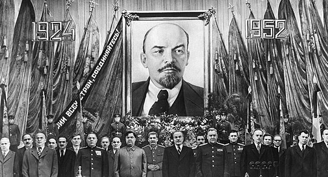 La mort de Lenin i la lluita pel poder