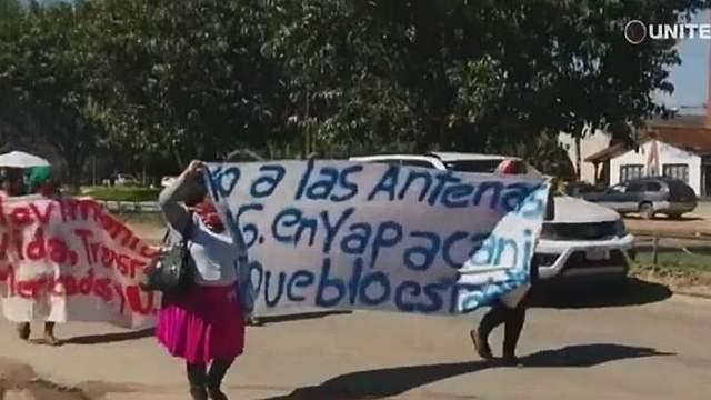 Policía abandona Yapacaní tras el hostigamiento permanente de vándalos que atentaron contra antenas