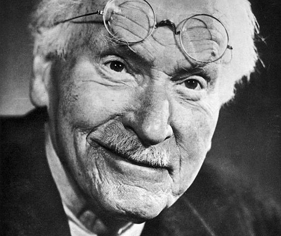 """Carl Jung publicó """"Tipos psicológicos"""""""