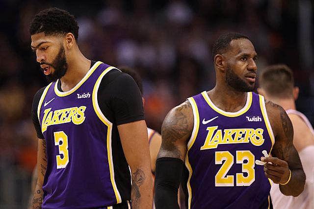 Lakers beats Kniks 4-1