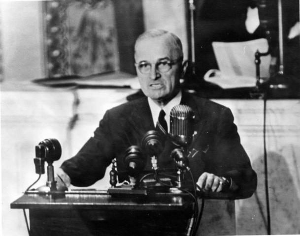 Truman makes statement to the public