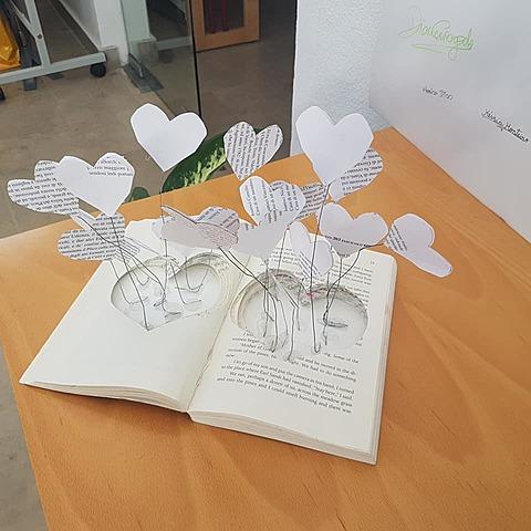 Atelier artístico de livros