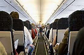 World airline passenger traffic fell 3.1%