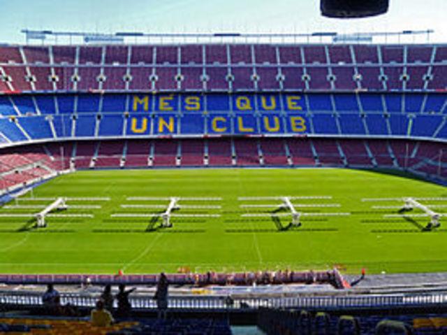 Camp Nou obert