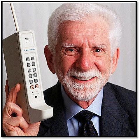 1973 Primer llamada telefónica