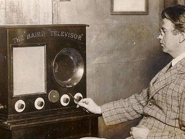 Se inventa la televisión