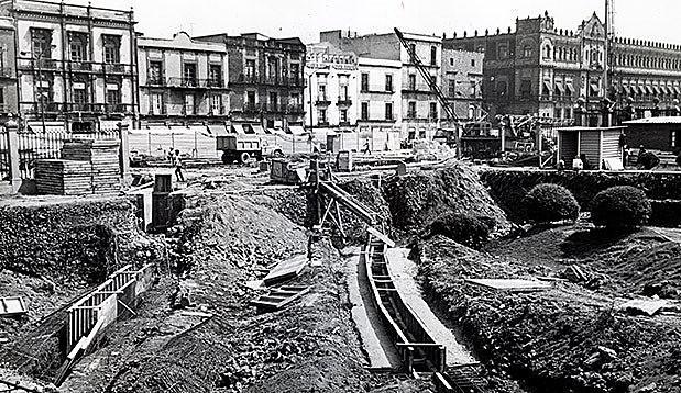 Inauguración de las primeras líneas de la Red de Transporte Colectivo Metro