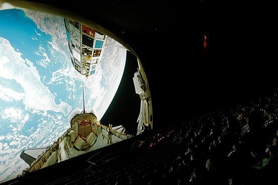 IMAX zineak