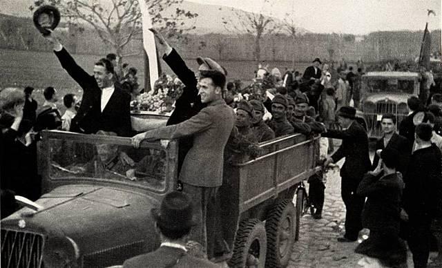 tropas da Alemanha entram na Bulgária.