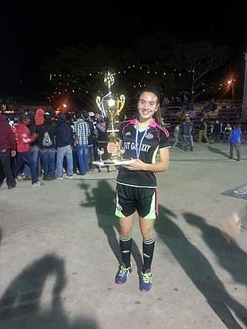 Tricampeona
