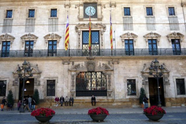 L'estatut d'autonomia de les Illes Balears es posa en pràctica
