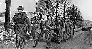 União Soviética invade a Polônia.