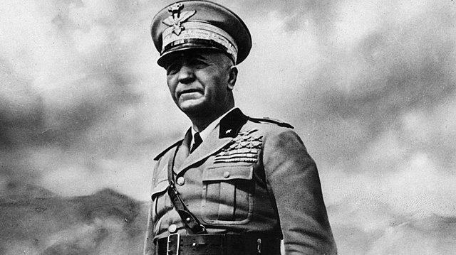 Itália declara guerra aos aliados