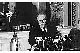 os Estados Unidos declaram guerra ao Império Japonês