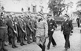 6 de junho - Dia D, os aliados desembarcam na Normandia.