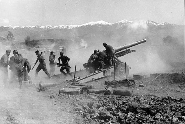 A Alemanha invade a lugoslávia e a Grécia